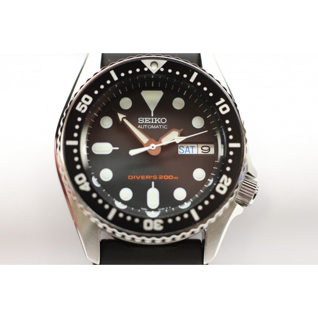 Seiko Automatic 200 meters Scuba Divers 37 mm Unisex Watch (SKX013K1)