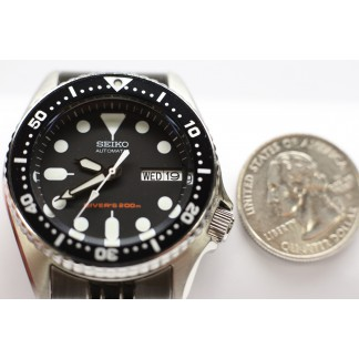 Seiko Automatic 200 meters Scuba Divers 37 mm Unisex Watch (SKX013K2)